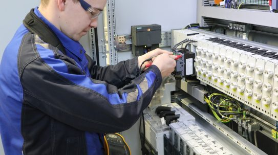 ausbildung-elektroniker-2